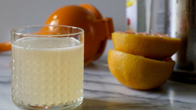 Grapefruit Pisco Sour