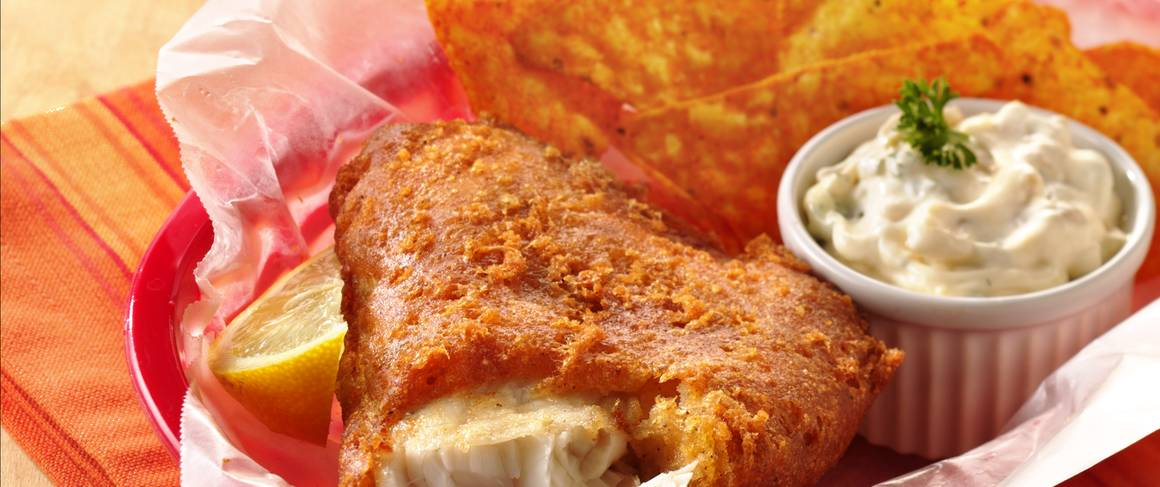 Southwestern beer batter fish with green chile tartar for Bisquick fish batter