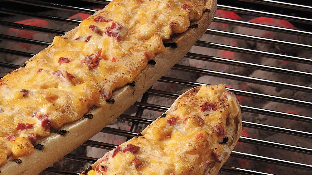 Smoked Cheddar-Red Pepper Loaves