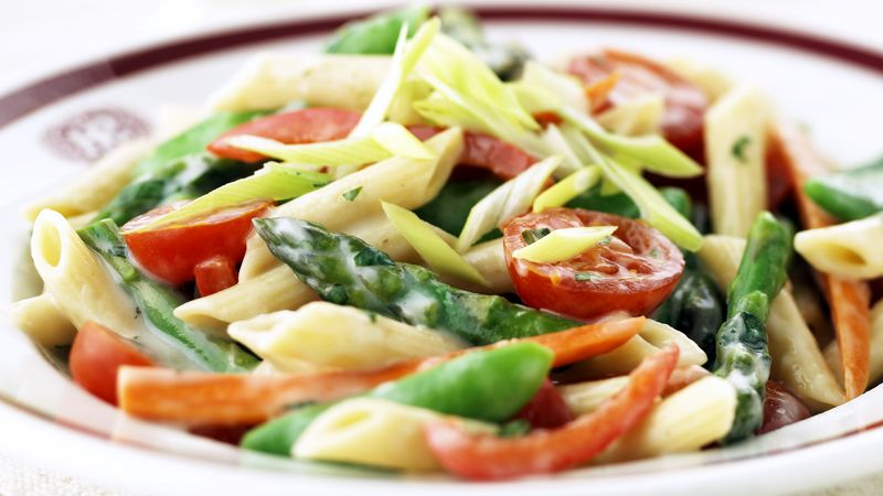Skinny Tomato-Basil Pasta Primavera