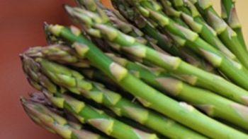 Simple Microwaved Asparagus