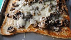 Pizza de Champiñones Asados