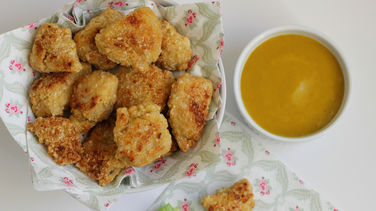 Chicken Nuggets with Honey Mustard