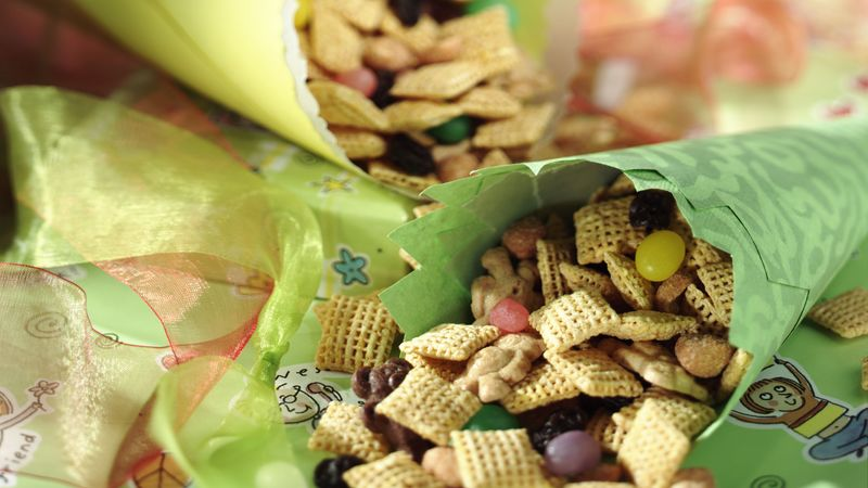 Shake and Go Snack Mix