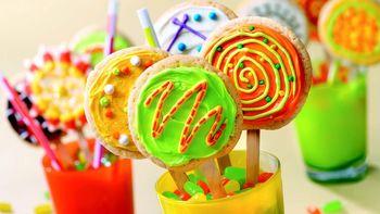 Pop Art Cookie Pops