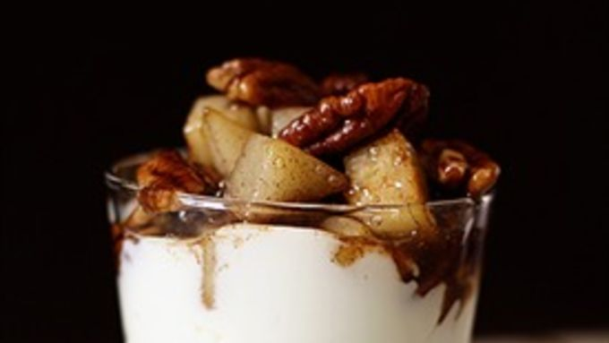 Spiced Pears with Pecans
