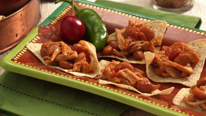 Slow-Cooker Shredded Chicken Nachos