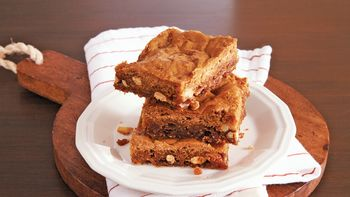 Peanut Brittle Blondies