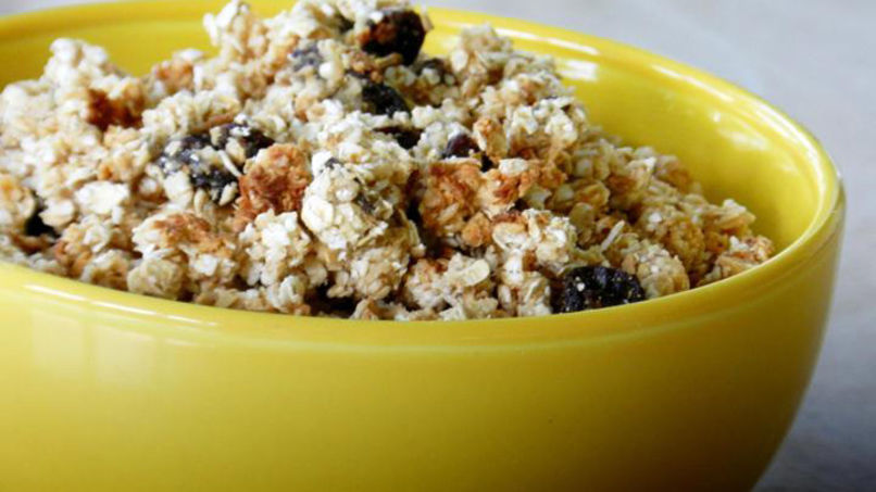 Crunchy Granola with Fruits, Nuts and Popcorn
