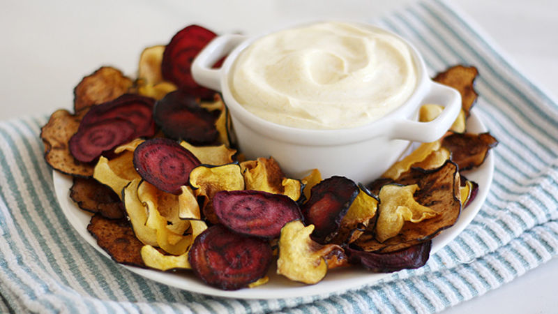 Baked Veggie Chips with Curried Yogurt Dip