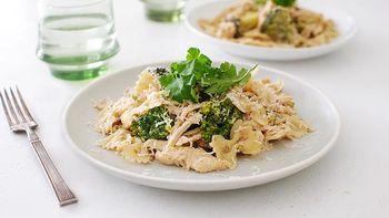 Slow-Cooker Chicken Broccoli Alfredo