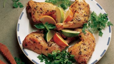 Pollo a las Tres Hierbas