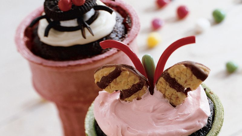"""Just Bugging You"" Cupcake Cones"