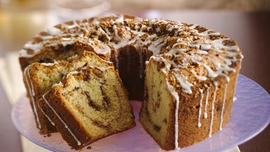 Classic Sour Cream Coffee Cake