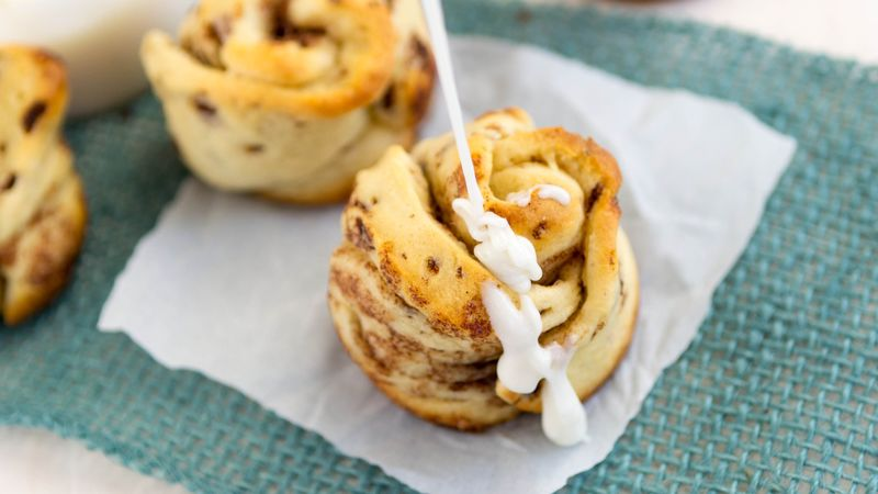 Cinnamon Roll Flowers