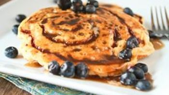 Bisquick™ Cinnamon Bun Pancakes