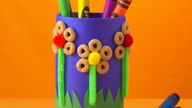 Flower Power Crayon Holder