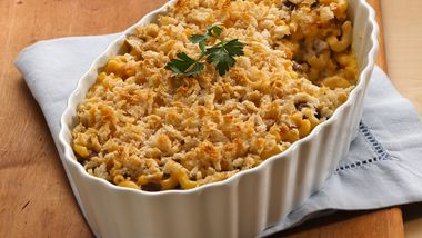 Layered Mac and Cheese with Ground Beef