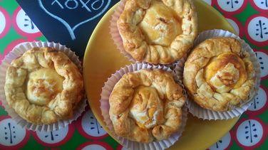 Mini Pastelitos de Jamón y Queso
