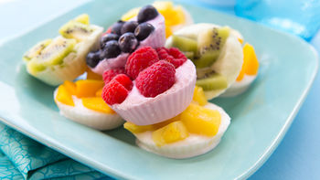 Fruity Frozen Yogurt Snacks