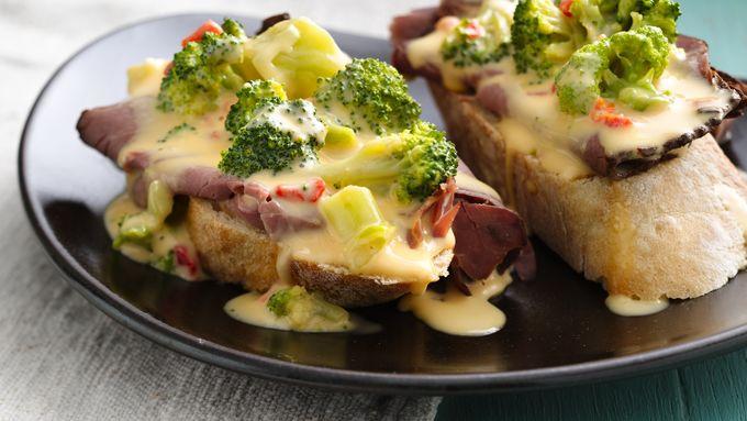 Broccoli Beer Cheese Fondue