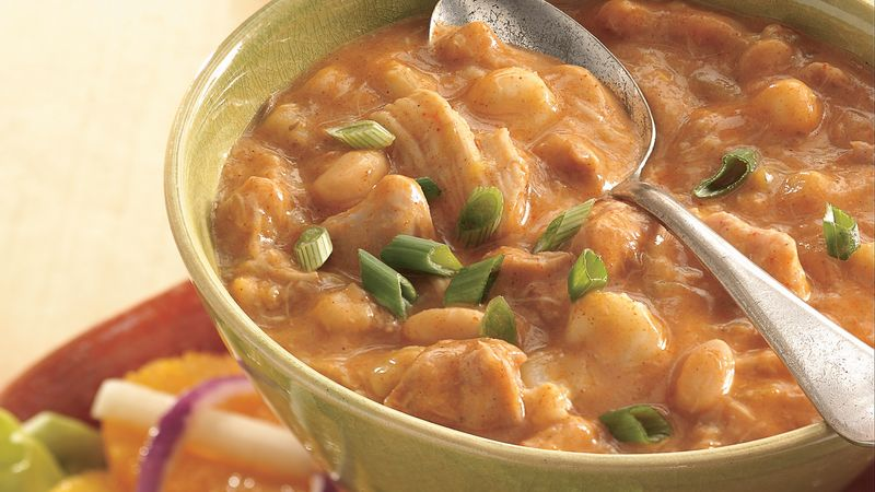 Slow-Cooker White Chicken Chili with Hominy