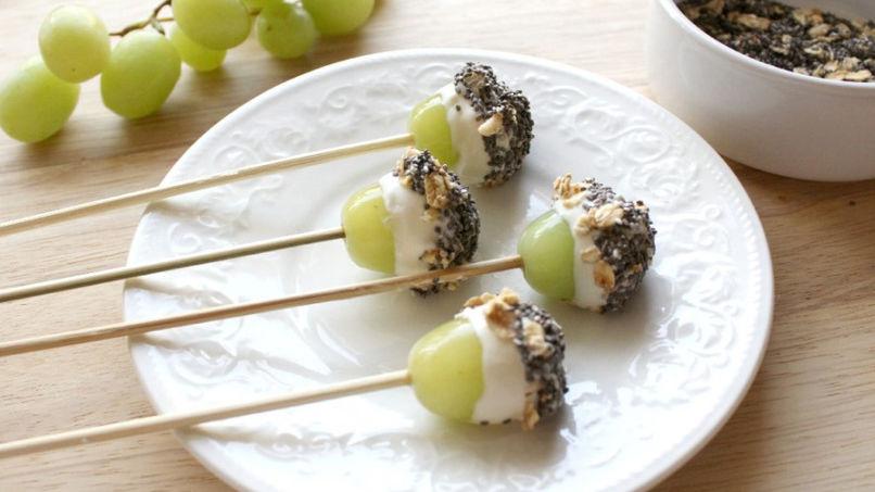 Paletas de Uva, Yogur y Granola