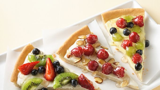 Easy Fruit Pizza