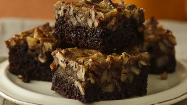 Pecan Pie Supreme Brownies