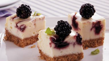 Blackberry Cheesecake Bites
