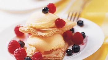 Berry Phyllo Shortcakes
