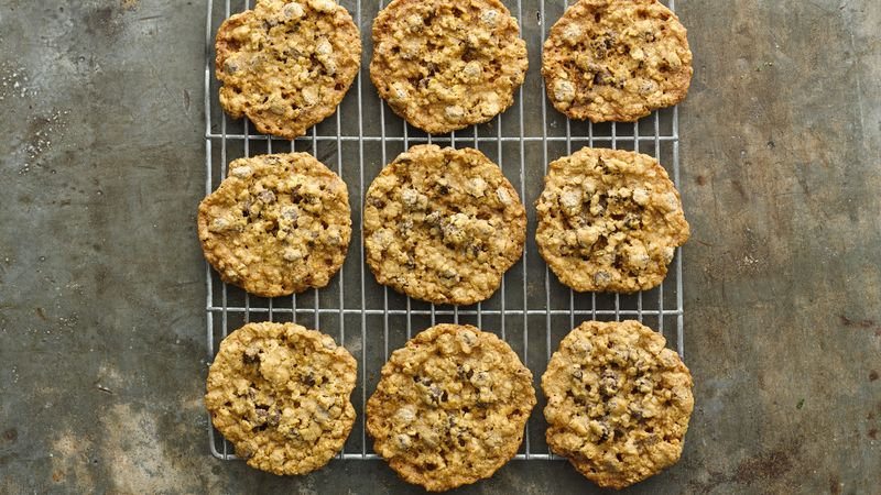 Gluten-Free Chocolate Chip Oatmeal Cookies
