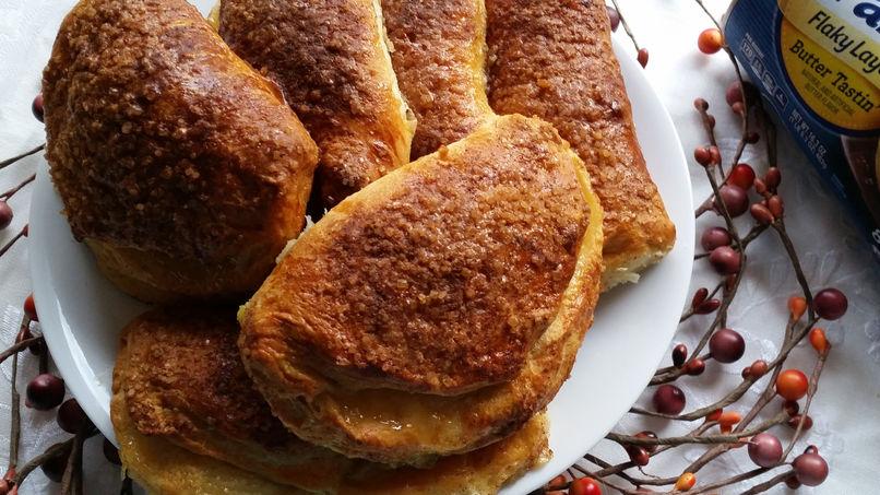 Empanadas Filled with Pear Jam