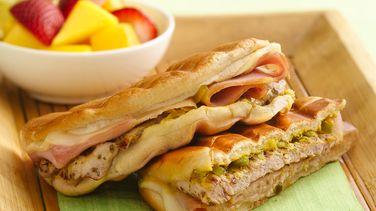 Sándwiches Cubanos Asados con Puerco