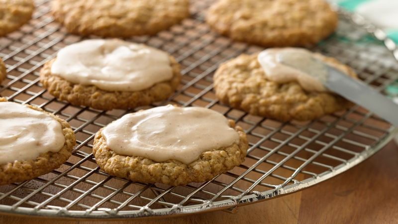 Iced Oatmeal-Cardamom Cookies recipe from Betty Crocker