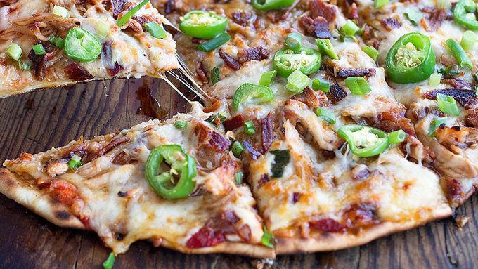Grilled Honey Sriracha Chicken Pizza