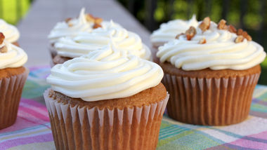 Easy Carrot Cake Cupcakes