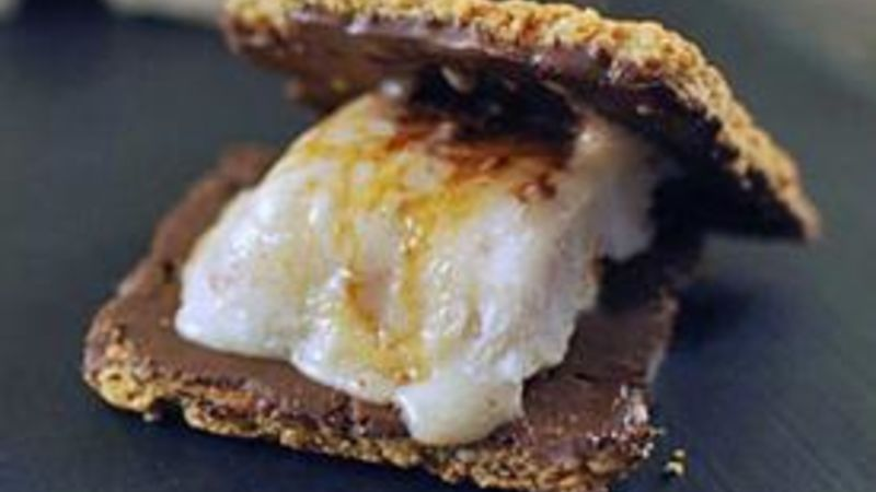 Bacon-Infused Marshmallow S'mores