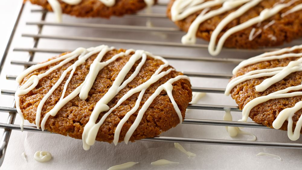 Chewy Gingersnaps with White Chocolate Drizzle