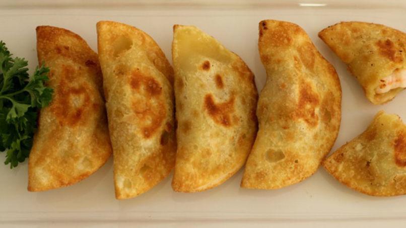 Empanadas de Merluza y Camarones
