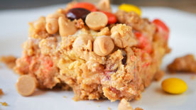 Ooey Gooey Peanut Butter Bars