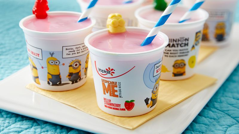 Minion Easy Yogurt Smoothie Sippers