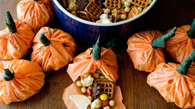 Pumpkin Party Mix