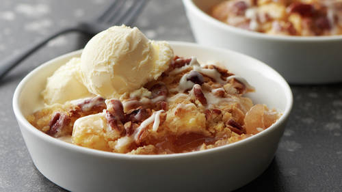 Apple Pecan Cobbler Dump Cake