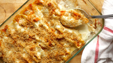 Buffalo Chicken-Stuffed Shells