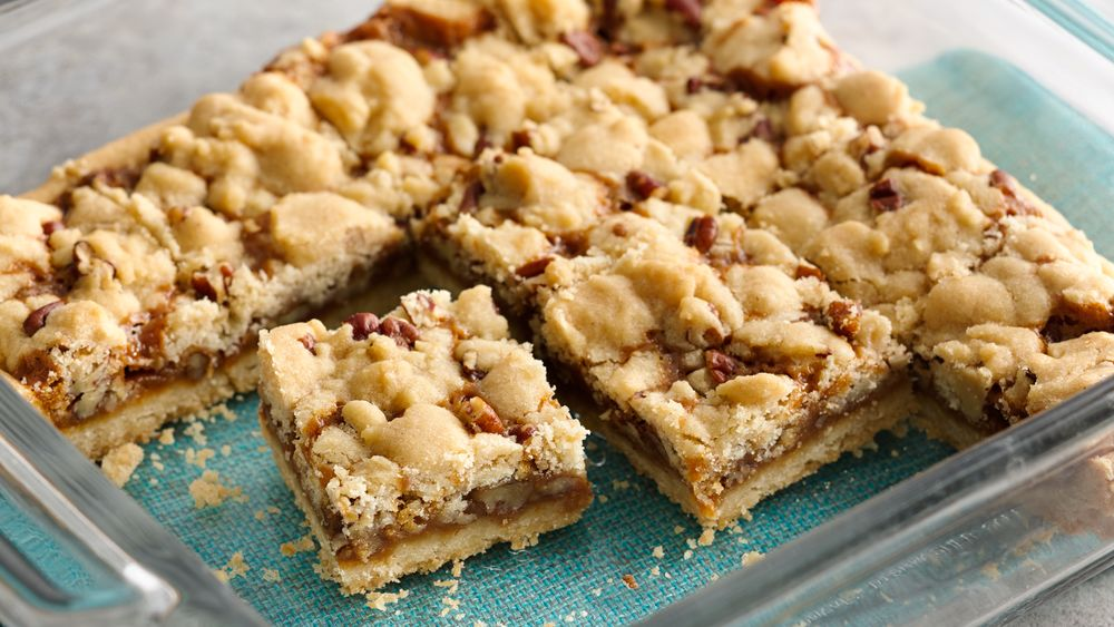 5-Ingredient Salted Caramel Crumble Bars