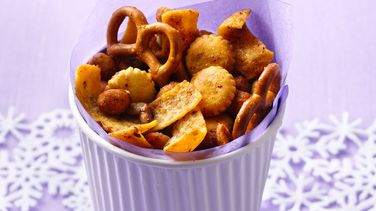 Fire-It-Up Snack Mix