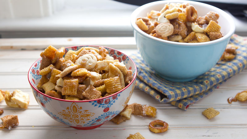 Salted Caramel Apple Chex Mix™