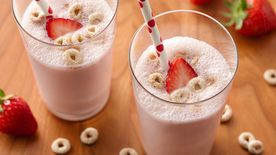 Strawberry-Cereal Milk Shakes