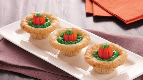 pumpkin patch cookie cups - Easy Halloween Cookie Ideas